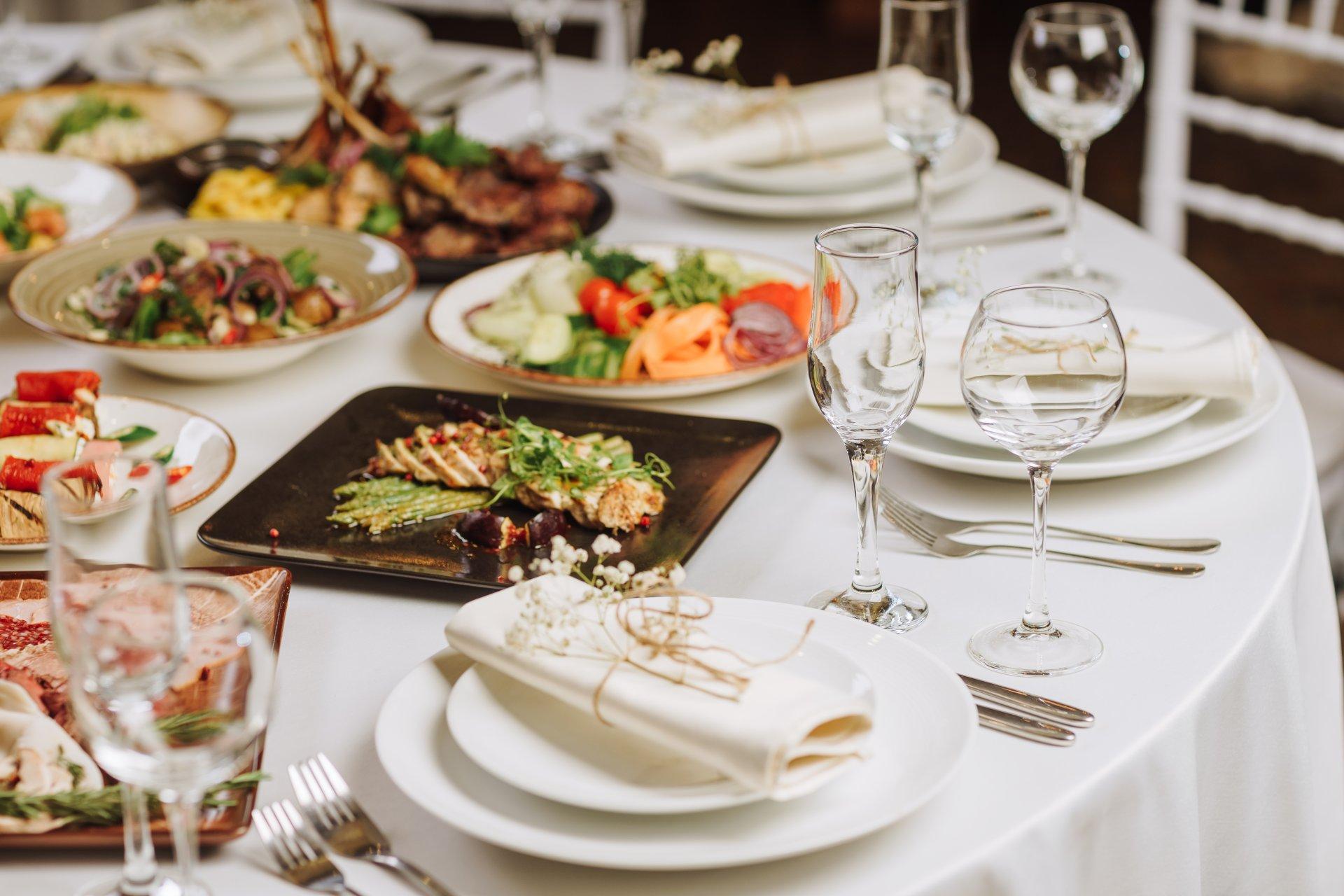 Ставки сделаны: как выбрать меню для свадьбы