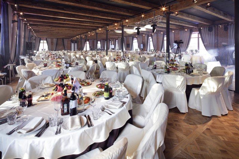 Как правильно выбрать банкетный зал на юбилей?