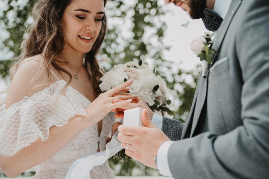 Свадебный сезон 2021: какой выбрать декор?
