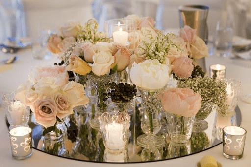 Свадебное Зазеркалье: как использовать зеркала в декоре?