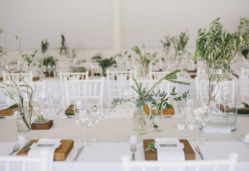 Простые, но эффектные идеи декора для свадебного банкета